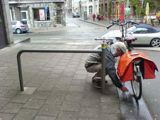 Gonfler son velo en ville