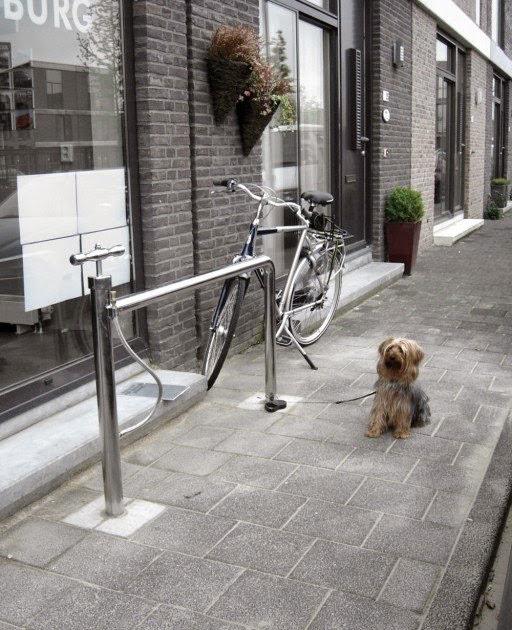 Mobilier urbain de gonflage bicyclette
