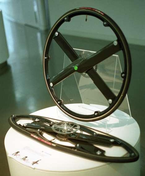 Roue pliable velo et fauteuil roulant