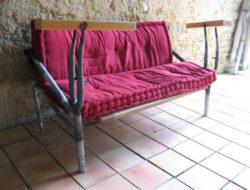 Canape en pieces de velo recuperees