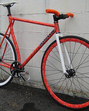 Geekhouse Sugarcoat bicycle painting
