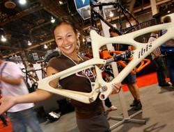 Roxy lo, designer chez Ibis Cycles