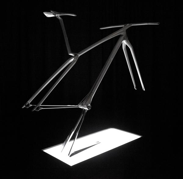 Trek Essence sculpture