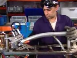 Fabrication velo pliant Brompton