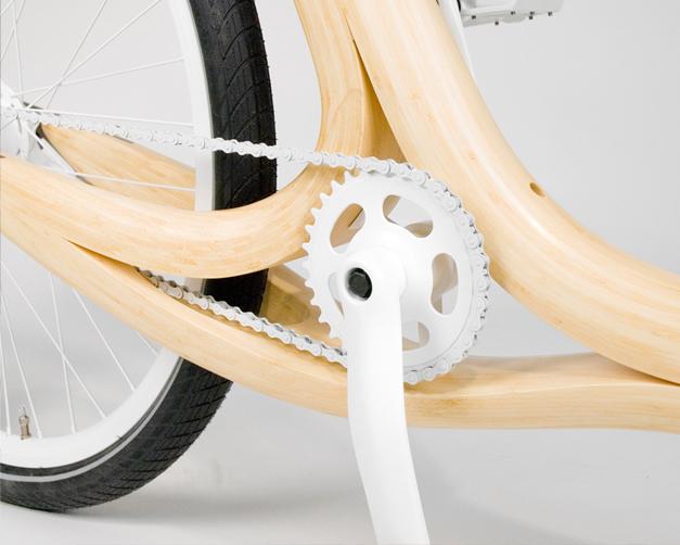 Velo en bambou et design artisanal