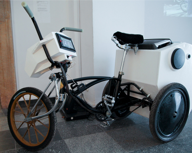 Tricycle bizarre