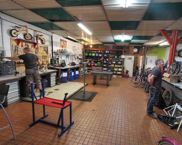 Atelier de la Becane a Jules a Dijon