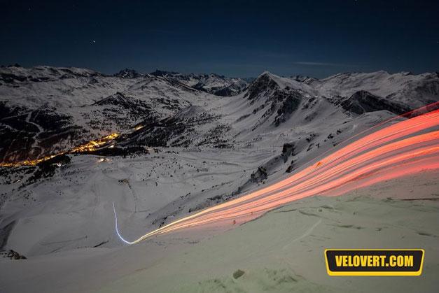 VTT sur neige la nuit