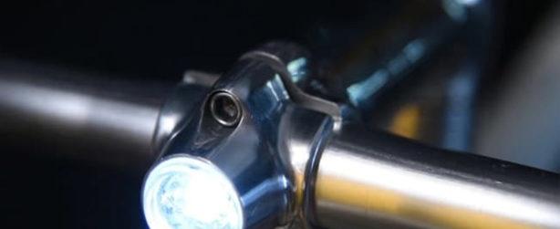 Potence de velo a lumiere integree
