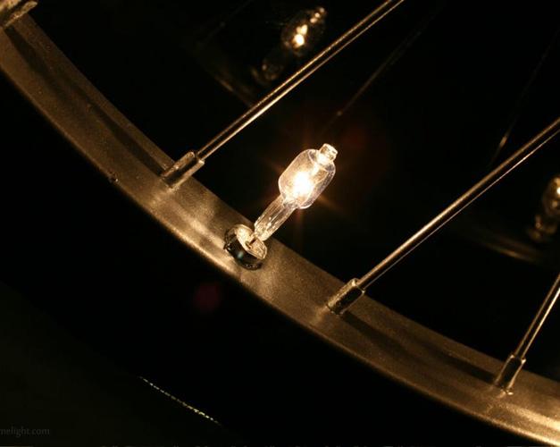 Bouchon de valve lumineux