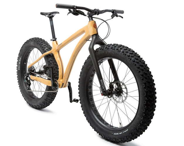 un prototype de vtt fatbike en bois v lo et design. Black Bedroom Furniture Sets. Home Design Ideas