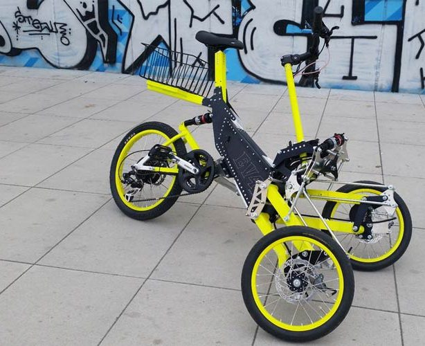 Tilting tricycle bike